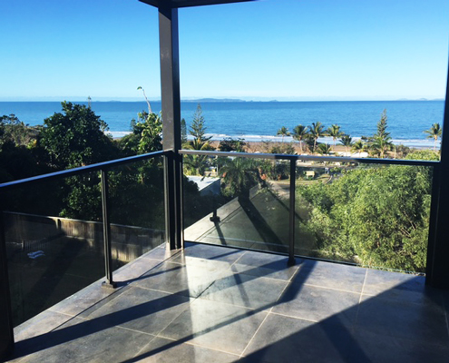 Glass balustrading uninterrupted views to the ocean
